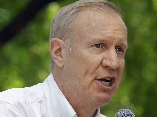 Bruce Rauner, speaking to supporters in August at the state fair in Springfield. The candidate for governor recently told a downstate radio station he favors lowering the Illinois minimum wage to $7.25.