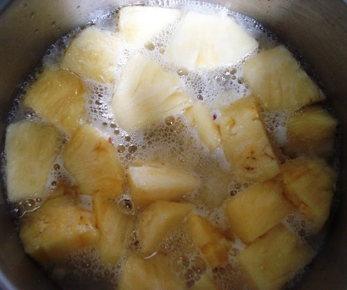 Cooking the pineapple