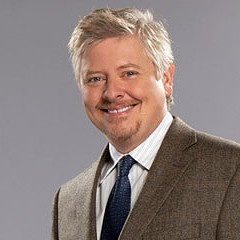 Dave Foley sketches out a stand-up career
