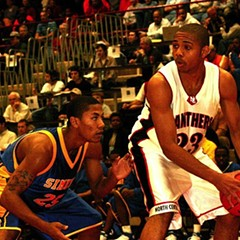 Derrick Rose (left) when he was a junior at Simeon