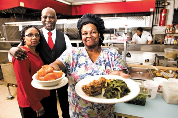 Henry and Gloria Henderson with Lillie Joiner at Ruby's - COLLEEN DURKIN