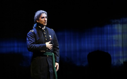 Hershey Felder in An American Story for Actor and Orchestra