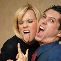 Jenny McCarthy says men in California are <i>total pussies</i>