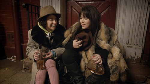 Ilana Glazer and Abbi Jacobson, dressed to impress