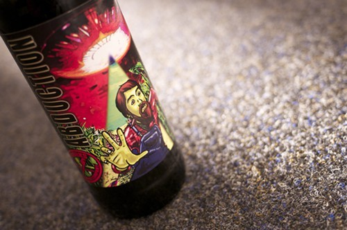 Im pretty sure thats a cartoon version of Pipeworks brewer Beejay Oslon on the label.