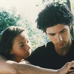 In Eric Rohmer's A Summer's Tale, a young man and a young woman stroll toward love