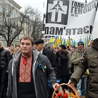 In Kiev and across Ukraine, a bitter history plays out