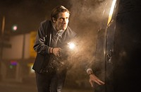 In <i>Nightcrawler</i>, if it bleeds, it leads