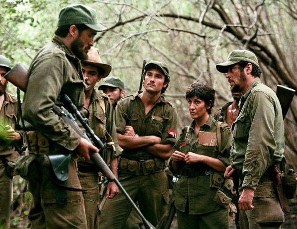 Its like a jungle out there—a scene from Che