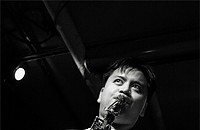 Jon Irabagon finds a balance between inside and outside jazz