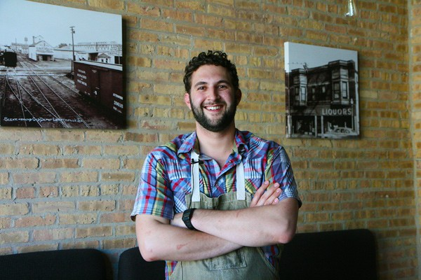 Lee Kuebler - JULIA THIEL