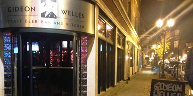 Lincoln Square's Gideon Welles gets bar food right | Bleader