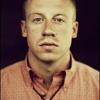 Macklemore screws with the charts