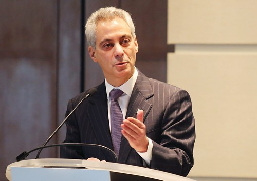 Mayor Emanuel addresses business leaders downtown on Monday