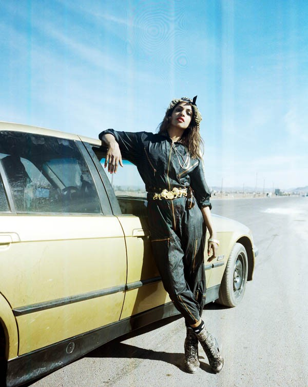 M.I.A. - LIZ JOHNSON ARTUR