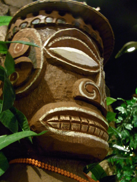Moai at Tongs Tiki Hut in Riverside