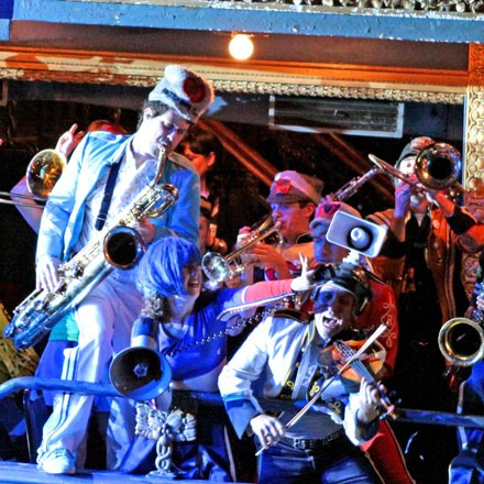 "Nothing better than a ""schizophrenic marching band"" (in Mucca Pazza) to help the digestive system"