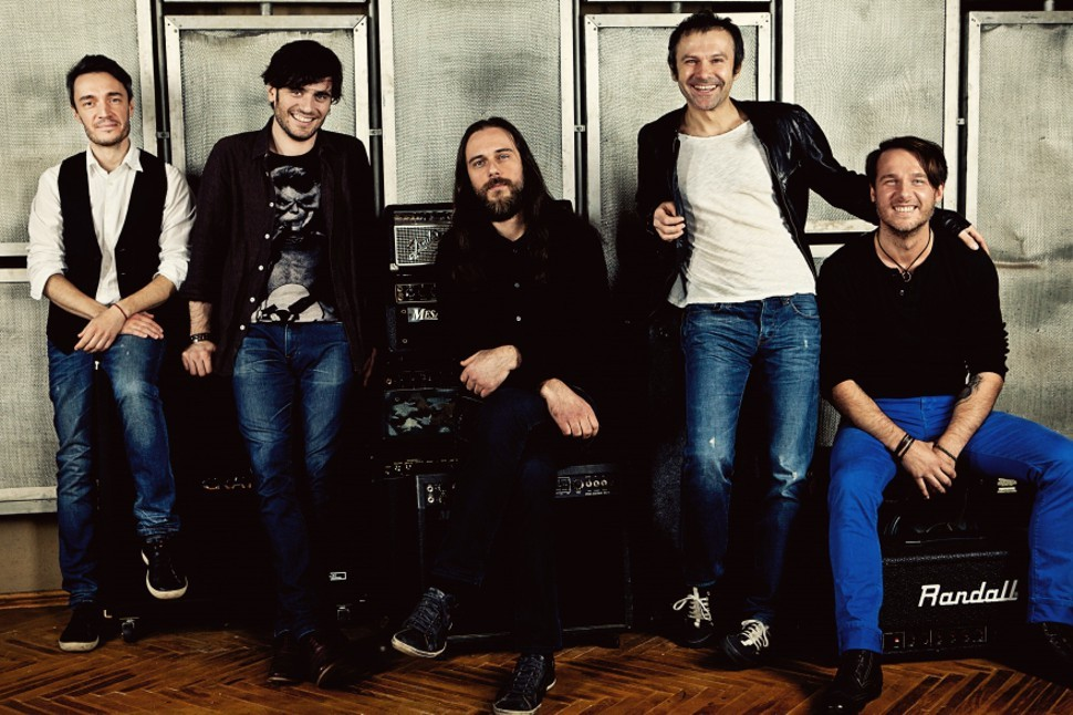 Okean Elzy, with front man Svyatoslav Vakarchuk second from right
