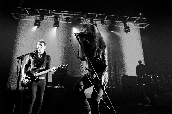 The-Kills_120120-01_magnum.jpg