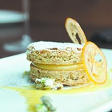 Pistachio cake with toasted meringue and candied lemons - ANDREA BAUER