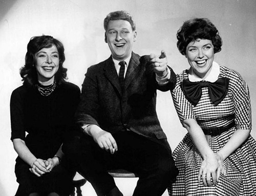 RIP Mike Nichols, seen here with Elaine May (left) and Dorothy Loudon as panelists on the game show Laugh Line (1959)