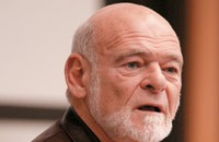 Sam Zell -- an old-fashioned publisher?