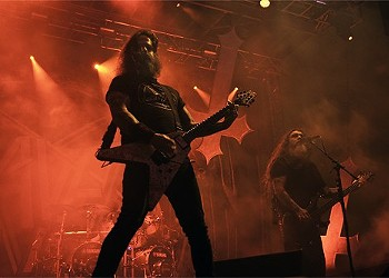 Slayer plays a casino on Saturday