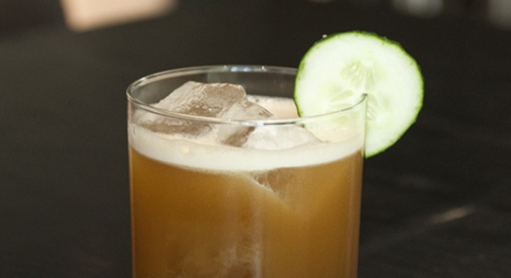 Step-by-step instructions for making a Sable bartender's caper cocktail