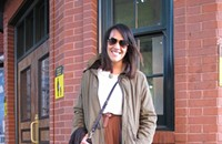 Street View 077: Aana shows how to wear a summer skirt in the winter