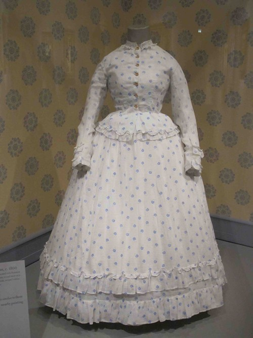 Summer dress for young woman, c 1860