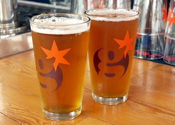 The debut of Uncommon Ground's Greenstar, the first organic brewery in Illinois