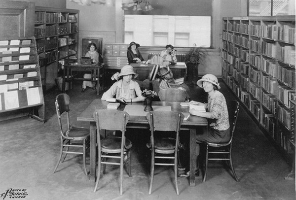 The fifth-floor teachers' room in what was then the Chicago Public Library, 1926 - SUN-TIMES PRINT COLLECTION
