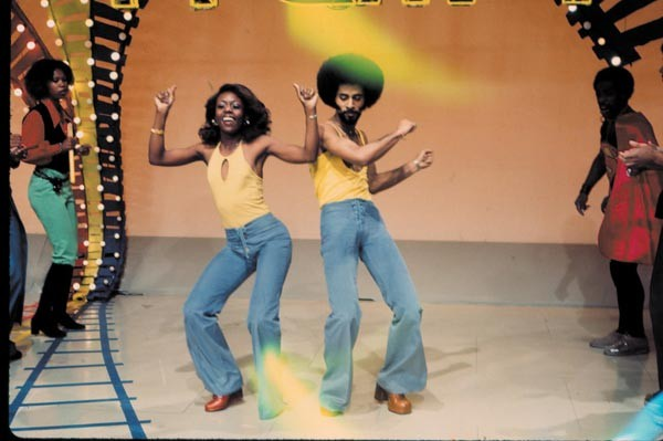Soul-Train-Dancers_Soul-Train-Photo-Exhibition_magnum.jpg