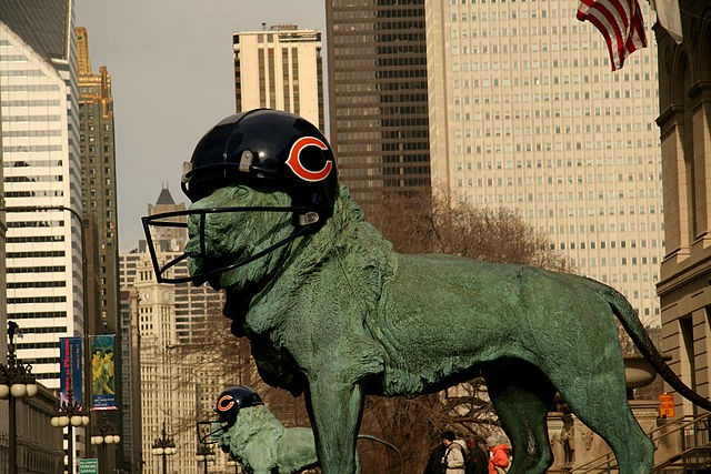 The lion in front of the Art Institute is ready—are you?