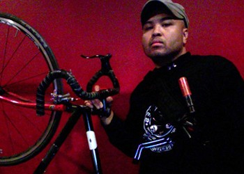 This week's Chicagoan: Rene Cudal, bike messenger