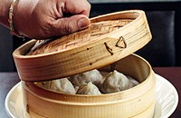 Trendy and traditional don't mix at downtown dim sum parlor Yum Cha