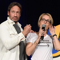 <i>X-Files</i> and <i>Back to the Future</i> stars survived some awkward moments at Wizard World