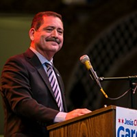 'Chuy' García vows to keep fighting Chicago machine from Congress