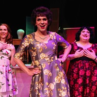 Cross-dressers and gay men meet at Harvey Fierstein's <i>Casa Valentina</i>