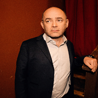 Todd Barry marks three decades in stand-up with <i>Stadium Tour</i>