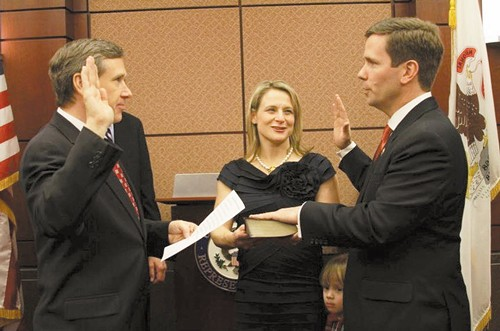 Congressman Bob Dold (right) being sworn into office - SUN-TIMES MEDIA
