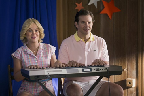Amy Poehler and Bradley Cooper return as Susie and Ben. - NETFLIX