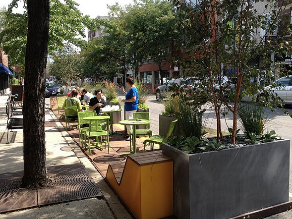 Cafe seating at the Heritage Bicycles people spot - DSPACE STUDIO