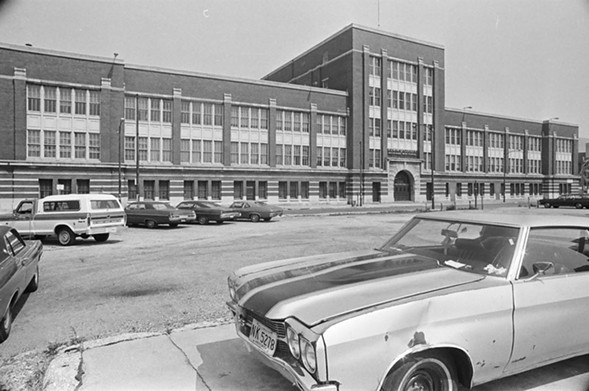 Edward G. Cooley Vocational High School, 1975 - SUN-TIMES NEGATIVE COLLECTION