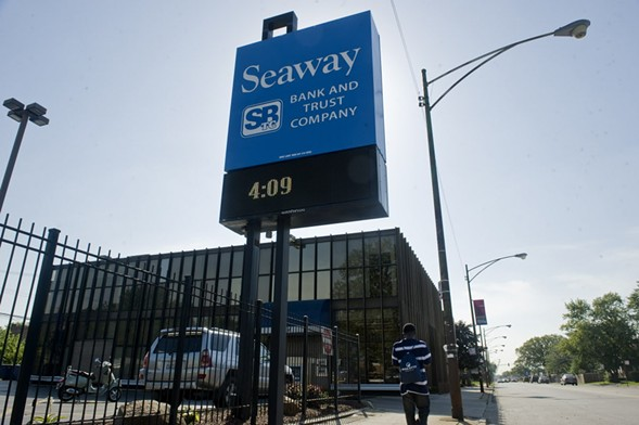 Seaway Bank, located at 645 E. 87th Street - RICHARD A. CHAPMAN/SUN-TIMES