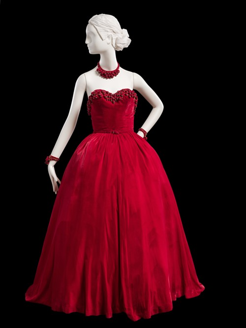 Red velvet ballgown with accessories, fall 1947 - COURTESY CHICAGO HISTORY MUSEUM