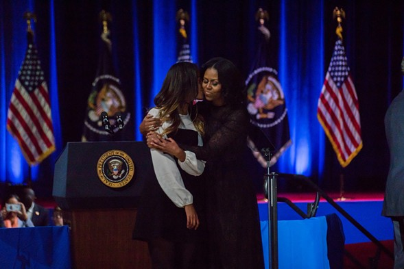 A tender moment between Malia and Michelle Obama - JOSHUA MELLIN