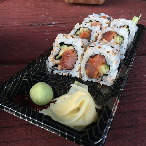 Spicy tuna roll - MIKE SULA