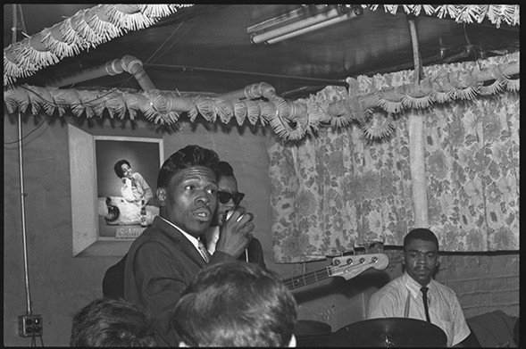 Junior Wells performing at Theresa's on October 19, 1965 - CHICAGO HISTORY MUSEUM