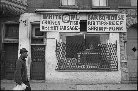 The White Owl BarBQ House in March 1965 - CHICAGO HISTORY MUSEUM
